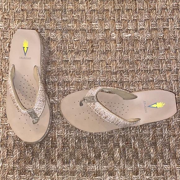 Volitile Flip Flop Sandals sz 9